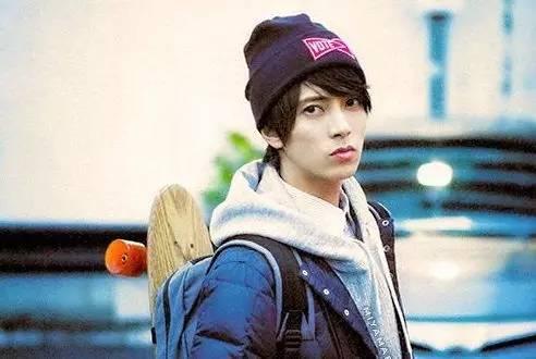 讲真,这才是我心目中的日本国宝级帅哥!