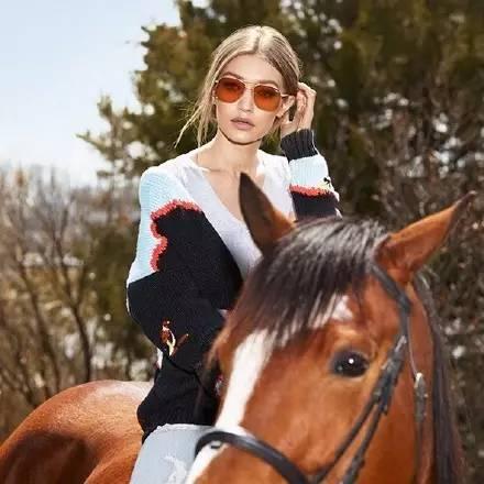 沙宣明星学员班再度开课、Gigi Hadid设计墨镜、VANS x MARC JACOBS合作新款