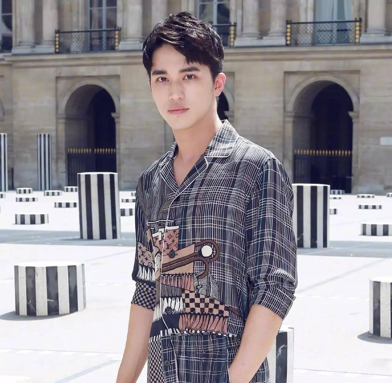 巴黎男装周涌现一大波男神,你是不是感觉超满足?