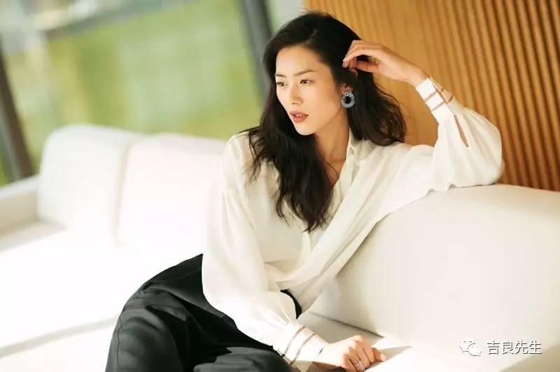 吉星高照 | 刘雯:我最希望,别人说我是个好模特。