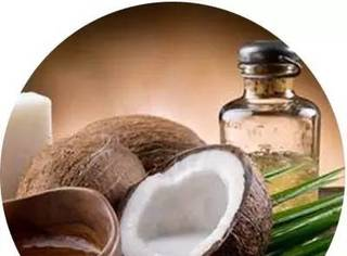 椰子油根本是神一般的存在,只是太多减脂的人不会用了~