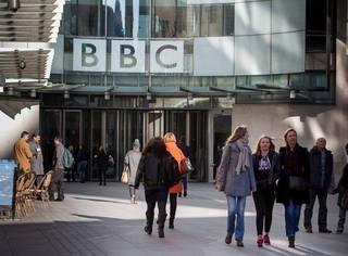 请收听今日国际媒体头条:BBC晒员工工资称将消除男女差距
