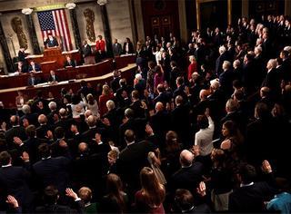 请收听今日国际媒体头条:美国众议院通过新制裁法案,限制总统修改权