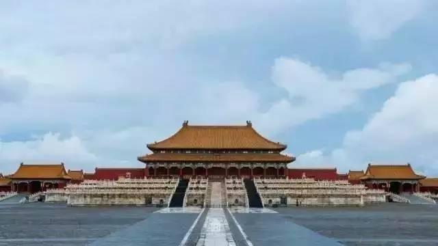 10.1级地震都没能震倒故宫。一群外国人跑北京做实验,结果被中国匠人打了脸