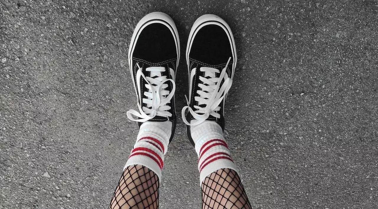 潮牌|在YEEZY泛滥的年代,一双经典的板鞋却成为我的挚爱。