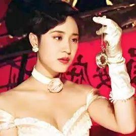 陈法蓉、翁虹50岁冻龄逆生长,可同龄打星美人怎么成了笑不动的塑胶脸?