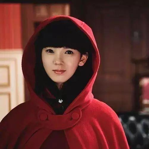 《无心法师2》女主陈瑶的八字双马尾比八字刘海还时髦!
