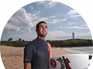 天生就眼盲的他成了专业冲浪手,这就是梦想的力量