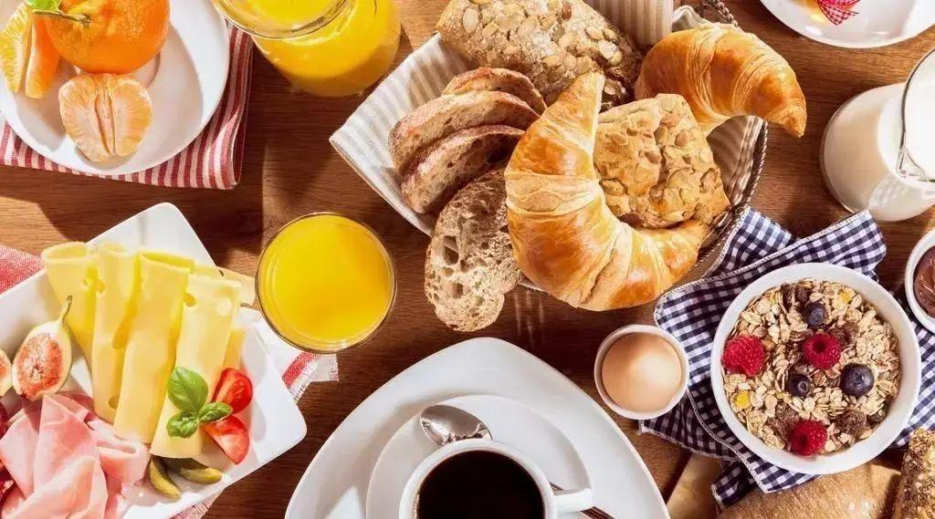 """""""我快被法国的无聊早餐逼疯了!""""——来自吃货的绝望呐喊"""