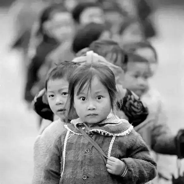 这些黑白照片,看哭了几亿人...