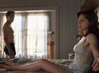 这部有关于床上的电影,适合每一个女人看。
