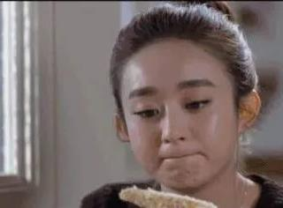 """赵丽颖到底是如何摆脱""""包子""""脸的?"""